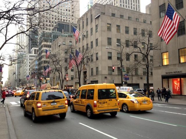 żółta, nowojorska taksówka