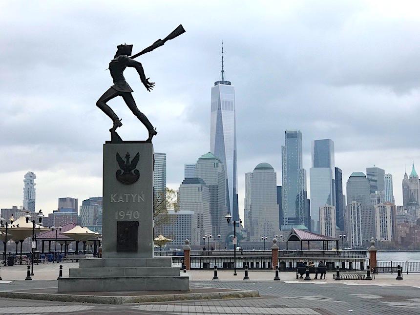 Polski pomnik katyński w Jersey City