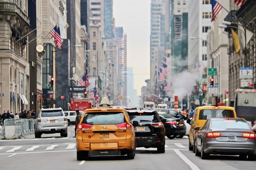 Polak i Amerykanin za kierownicą