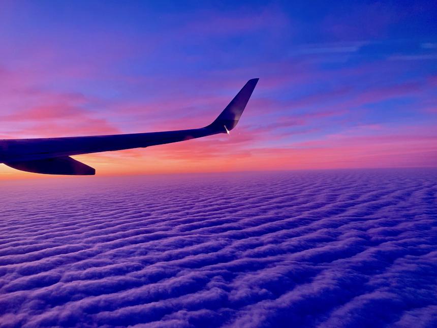 napiwki w samolocie, czyli praktyka stosowana w niektórych amerykańskich liniach lotniczych